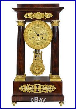 Pendule portique acajou. Uhren clock bronze horloge XIX french antique