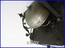 Petite comtoise environ 1740, largeur 21 cm, haute cheminée 15 cm