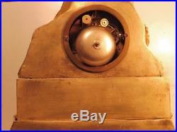 Petite pendule bronze dore mouvement a fil a reviser