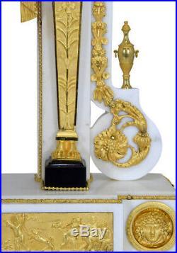 Portique Consulat. Kaminuhr Empire clock bronze horloge antique cartel pendule