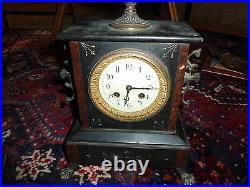 R 748 Belle Horloge en marbre Napoléon III Garniture de cheminée ancienne