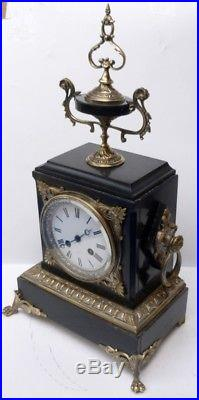 superbe pendule ancienne en marbre noir et bronze xixe napol on iii r vis e horloges pendules. Black Bedroom Furniture Sets. Home Design Ideas