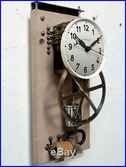 Superbe pendule CHARVET master clock electric (no Brillié, Ato, Lepaute)