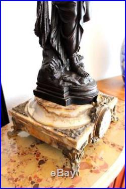 Superbe pendule a la sphère ép. Napoléon III en bronze, antimoine et marbre