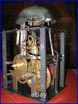 TRES ANCIEN PETIT MOUVEMENT COMTOIS 15,5 cm