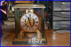 Très belle horloge JEAGER LECOULTRE ATMOS modèle EMPIRE