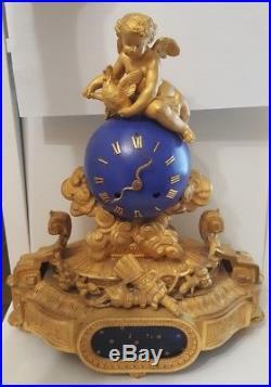 Tres belle pendule horloge en regule doré-comtoise -carillon- foret noire