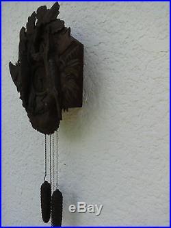 Véritable coucou de la forêt noire bois sculpté décor chasse horloge ancienne