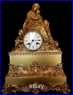 Vers 1810 splendide grande pendule Religieuse en bronze révisée fonctionne sonne